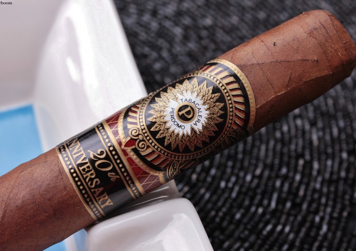 Perdomo 20th Anniversary Sungrown — Corona Grande