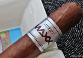 Alec Bradley Maxx — The Fix
