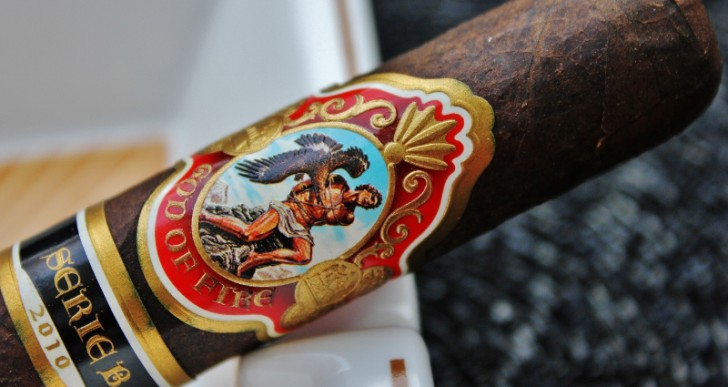 God of Fire Maduro Serie B 2010 Gran Toro