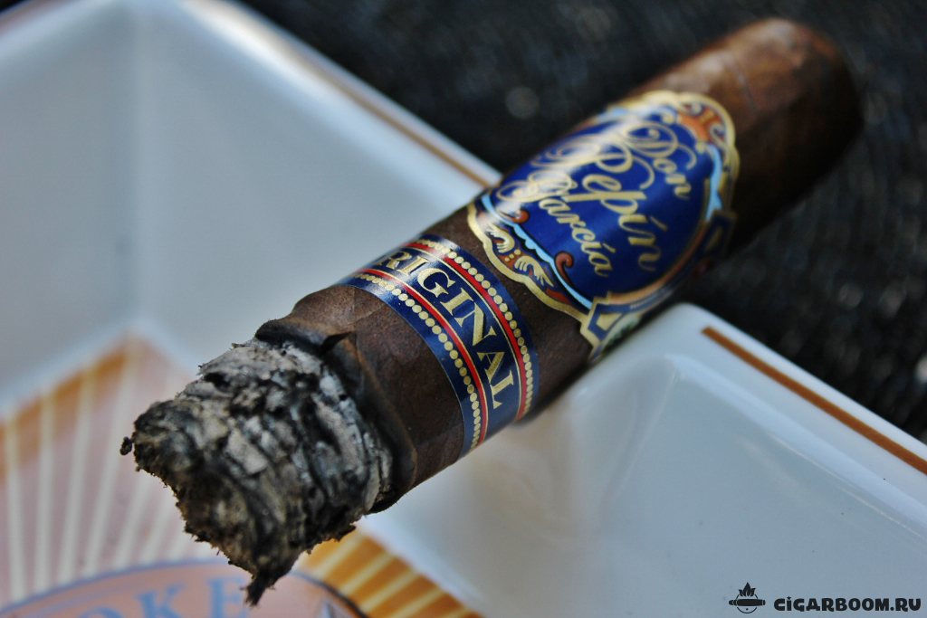 Don Pepin Garcia Blue Label Maduro Limited Edition Toro_6