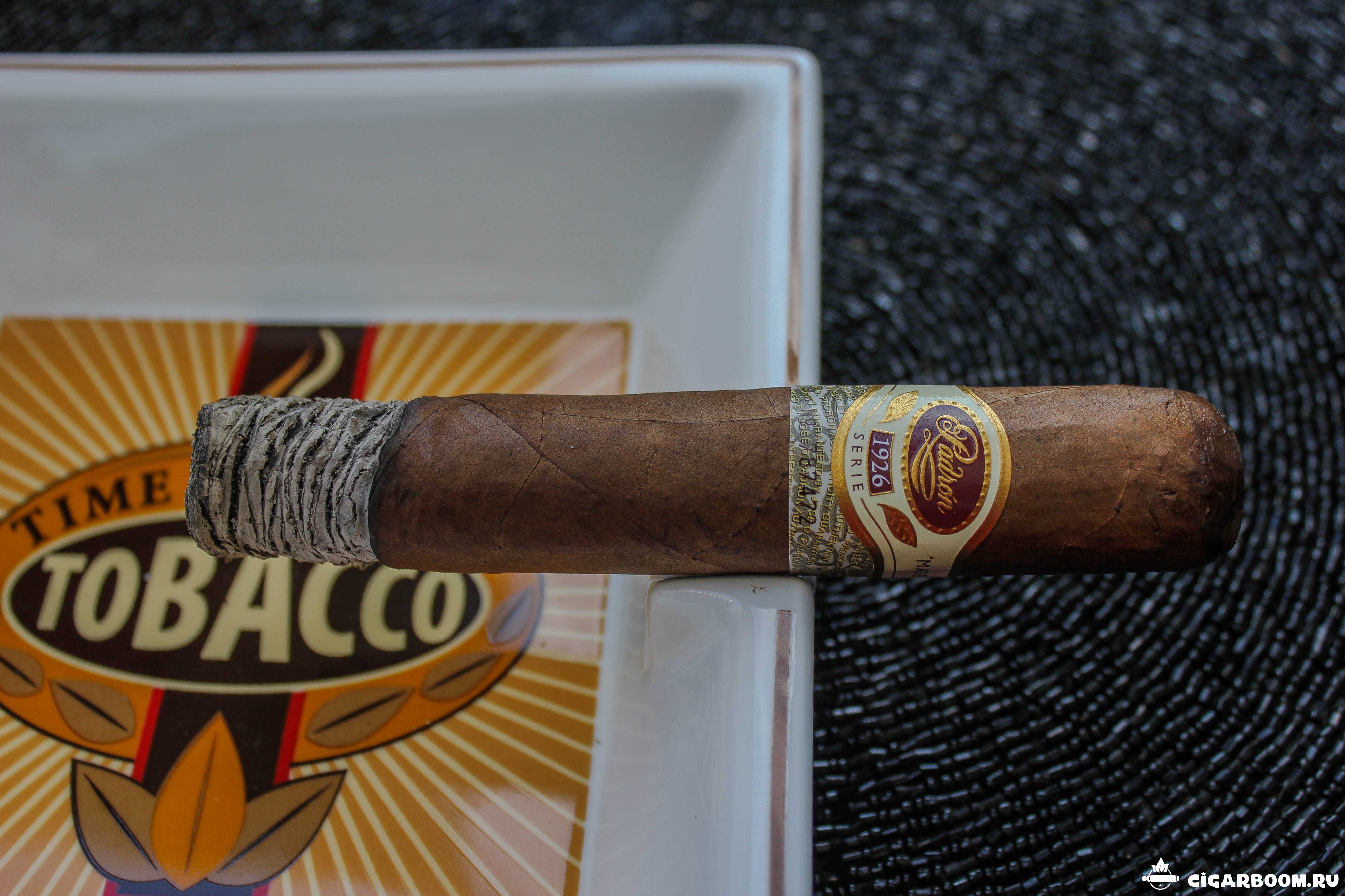 Padron 1926 Natural Robusto_3